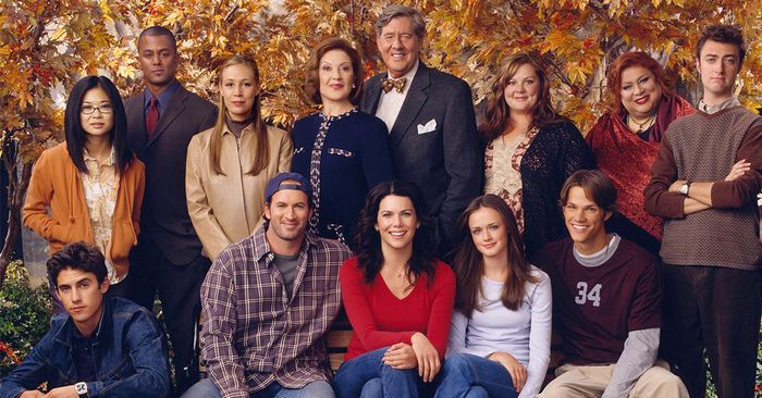 I Watch Gilmore Girls Every Fall—Here Are 8 Trends From the Show I'd Wear Today