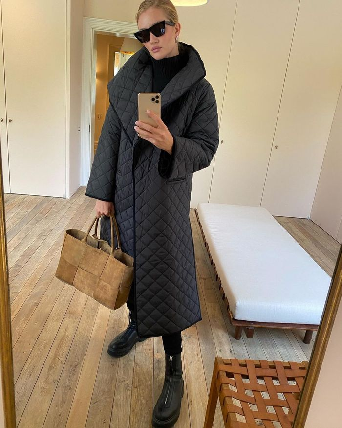 Rosie Huntington-Whiteley Leggings Outfit