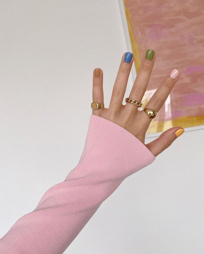 Nail Colour Trends 2021: @thatsaleaf showcases a colourful set of nails