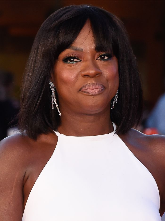 Haircuts for Women in Their 50s: Viola Davis