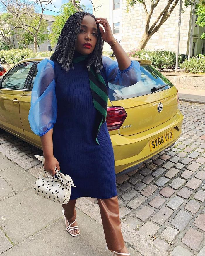 Hair Trends 2021: @ada_oguntodu with silver tips in her hair