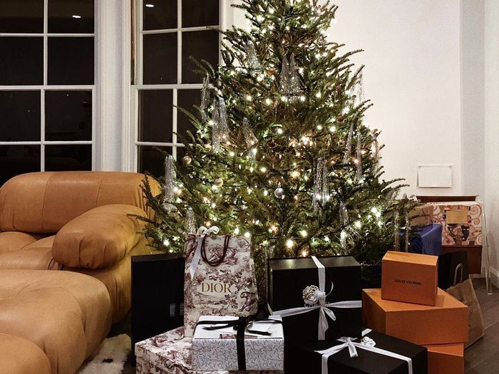 The Best Holiday Home Décor From Nordstrom, Urban Outfitters, and Amazon