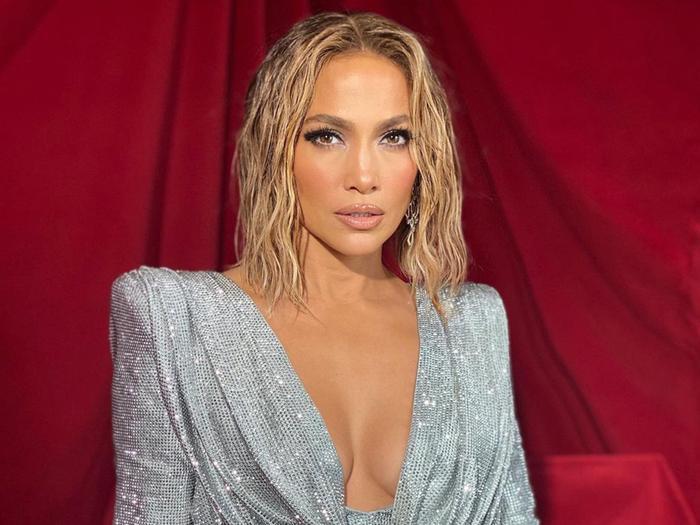 Jennifer Lopez American Music Awards beauty look