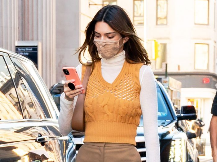 "Kendall Jenner Wore the ""Frumpy"" Basic Trend Everyone Suddenly Wants"