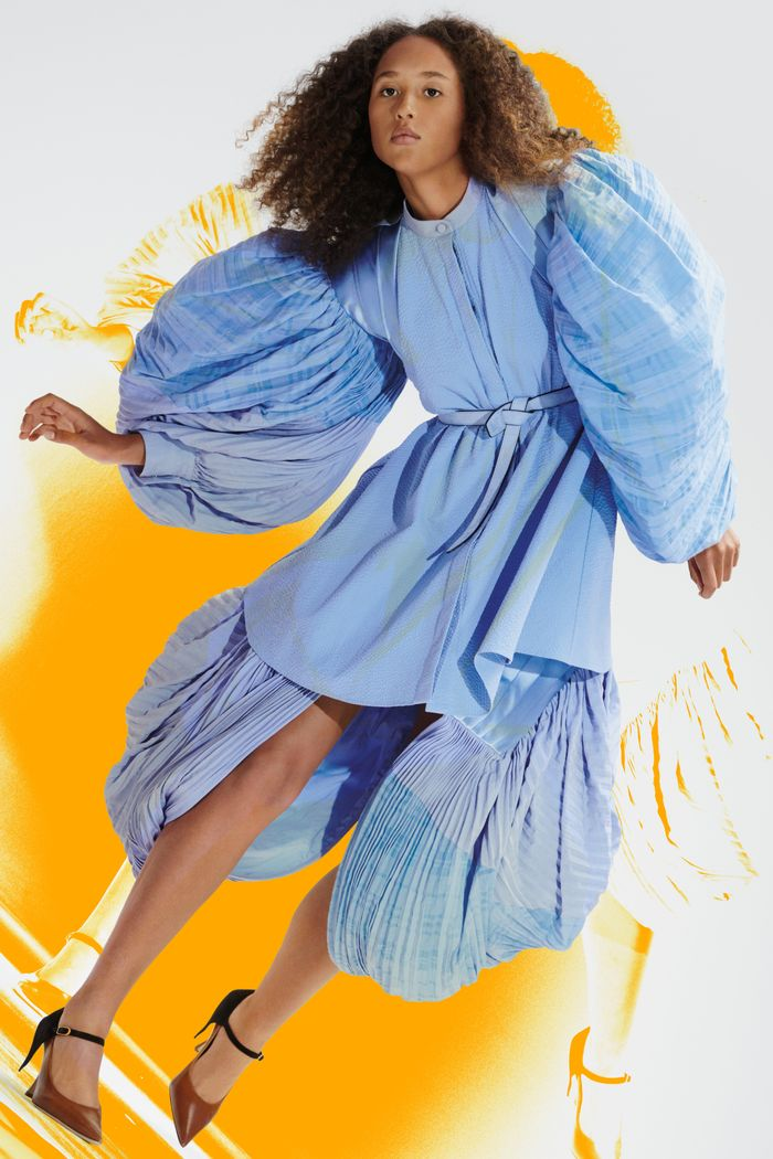 Dress Trends 2021: Loewe showcases large puff sleeves for SS21