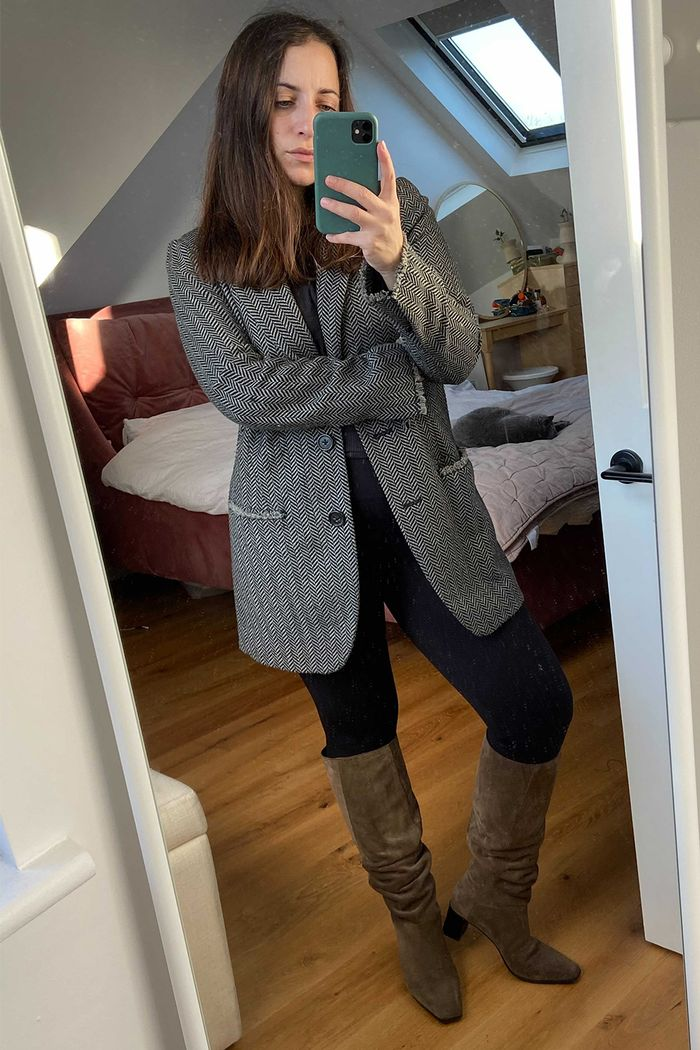 Spanx leggings: Spanx Look At Me Leggings worn with a blazer and boots