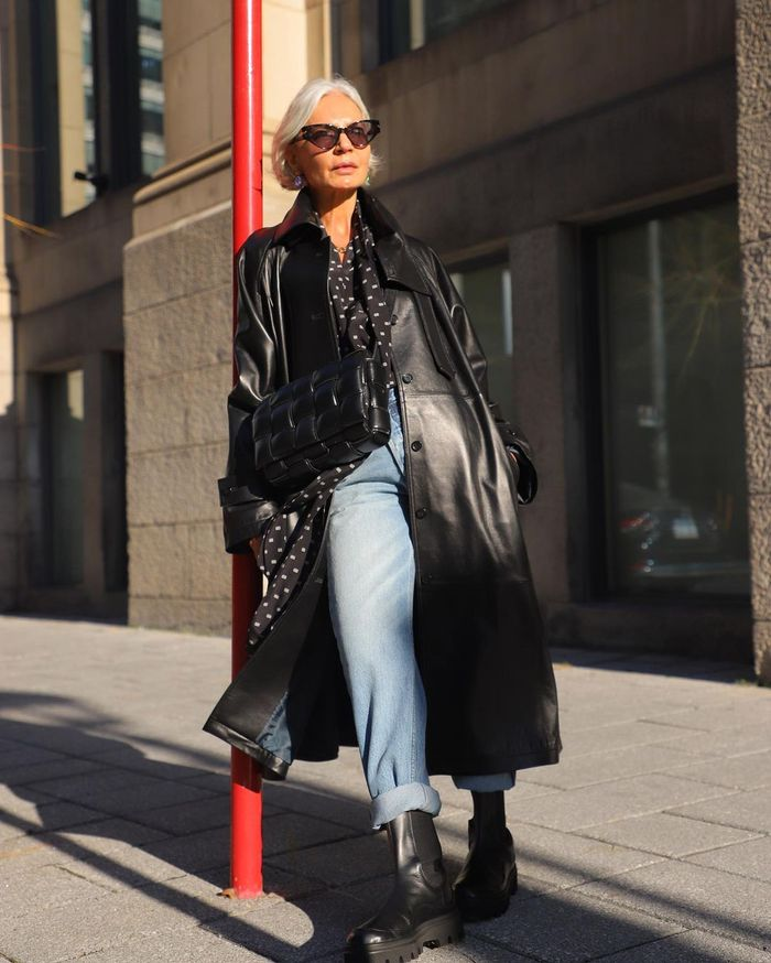 The best denim to wear with flat boots