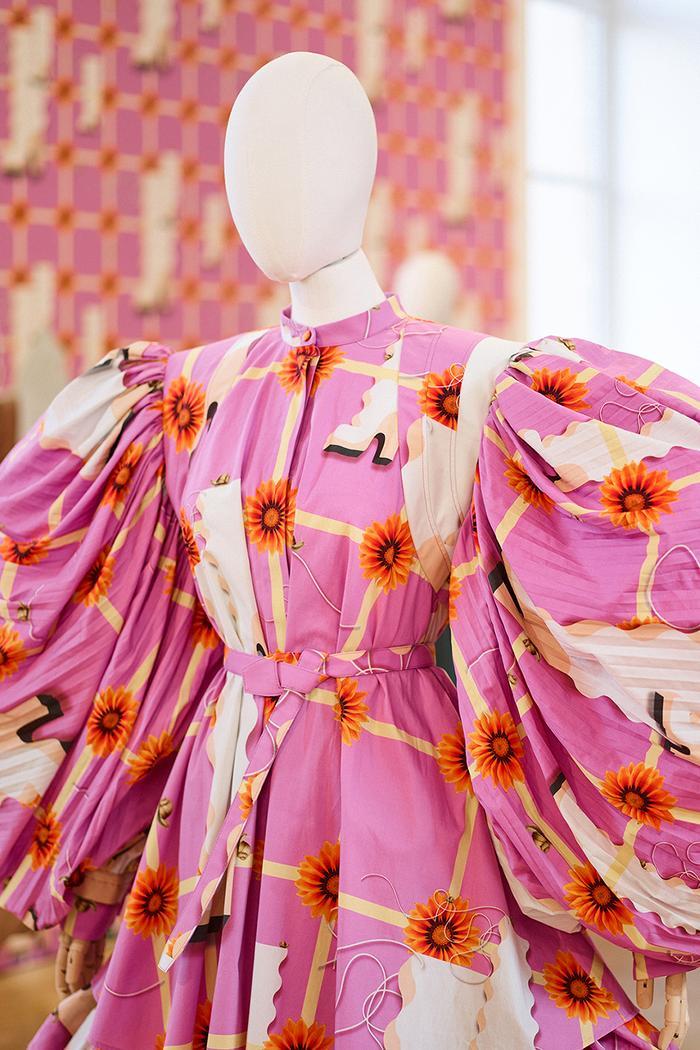 Bright pink dress trend 2021: Loewe floral puff-sleeved dress