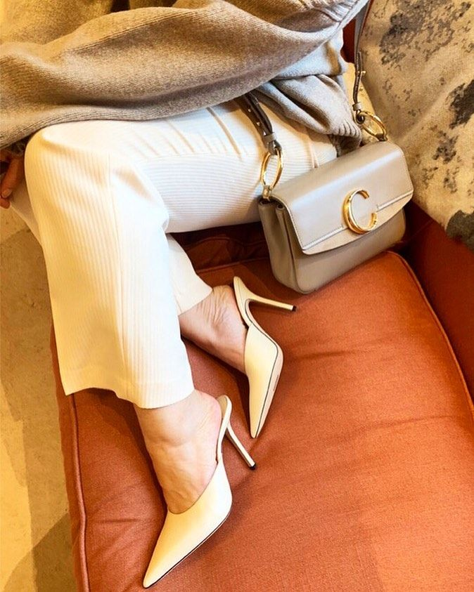 Chloé Woody Canvas Tote: Who What Wear UK Editor in Chief Hannah Almassi carries the Chloè C cross-body handbag