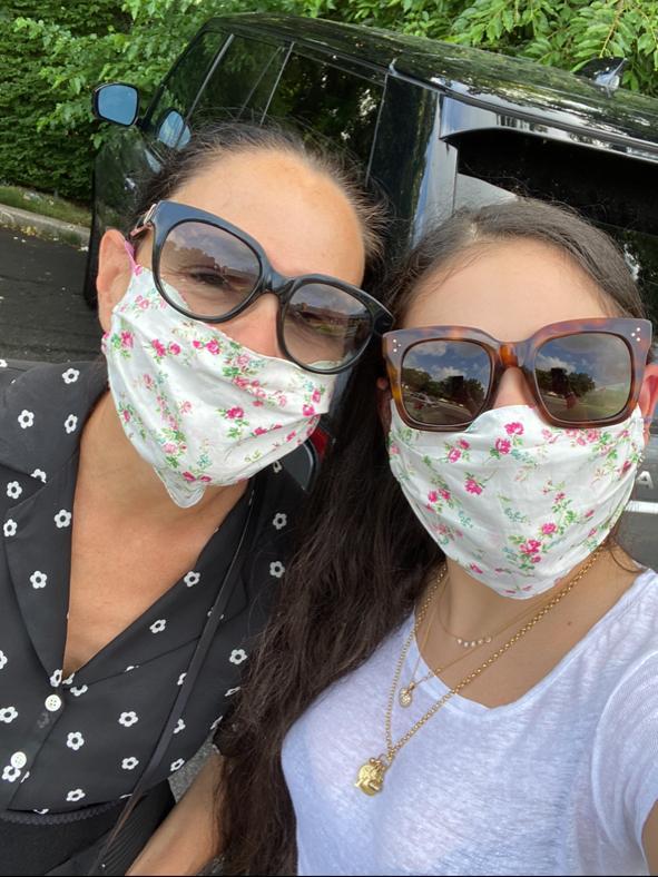 Tamar and Mom Selfie