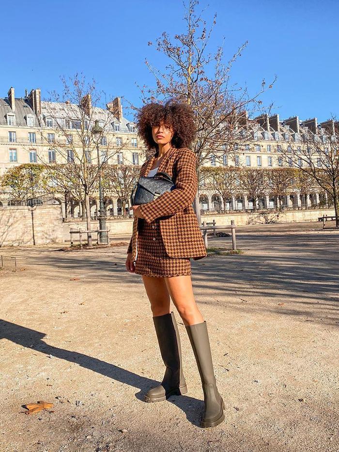 Best Zara Winter Boots: Knee High Flat Boots
