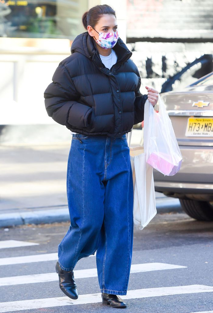Katie Holmes wore baggy drop-crotch jeans that are a controversial trend