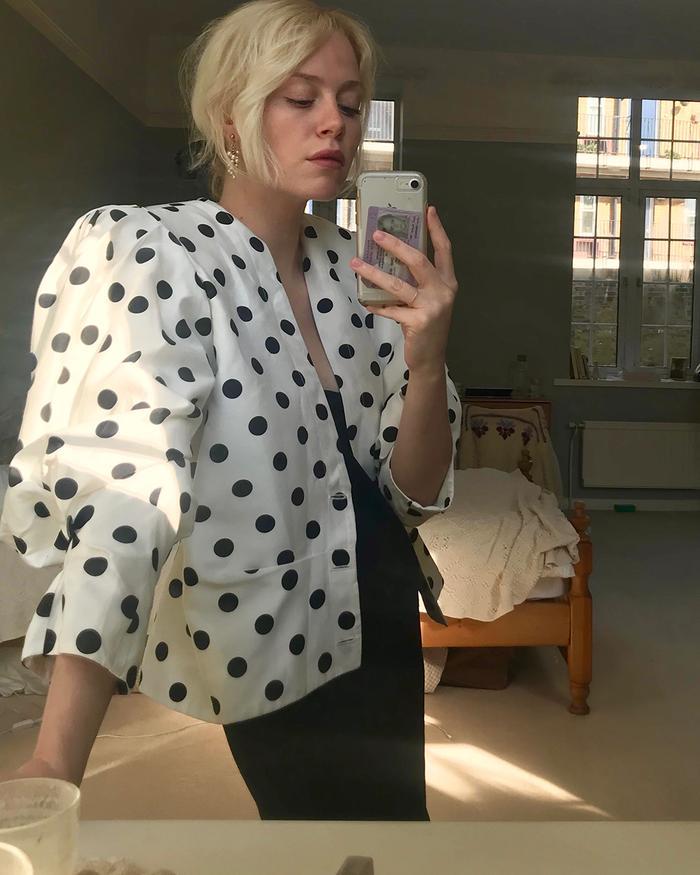 Isabel Mundigo-Moore wearing Jacquemus polka dot blazer from eBay.