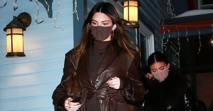 This Kendall Jenner Legging Outfit May Make You Want to Ditch Skinny Jeans