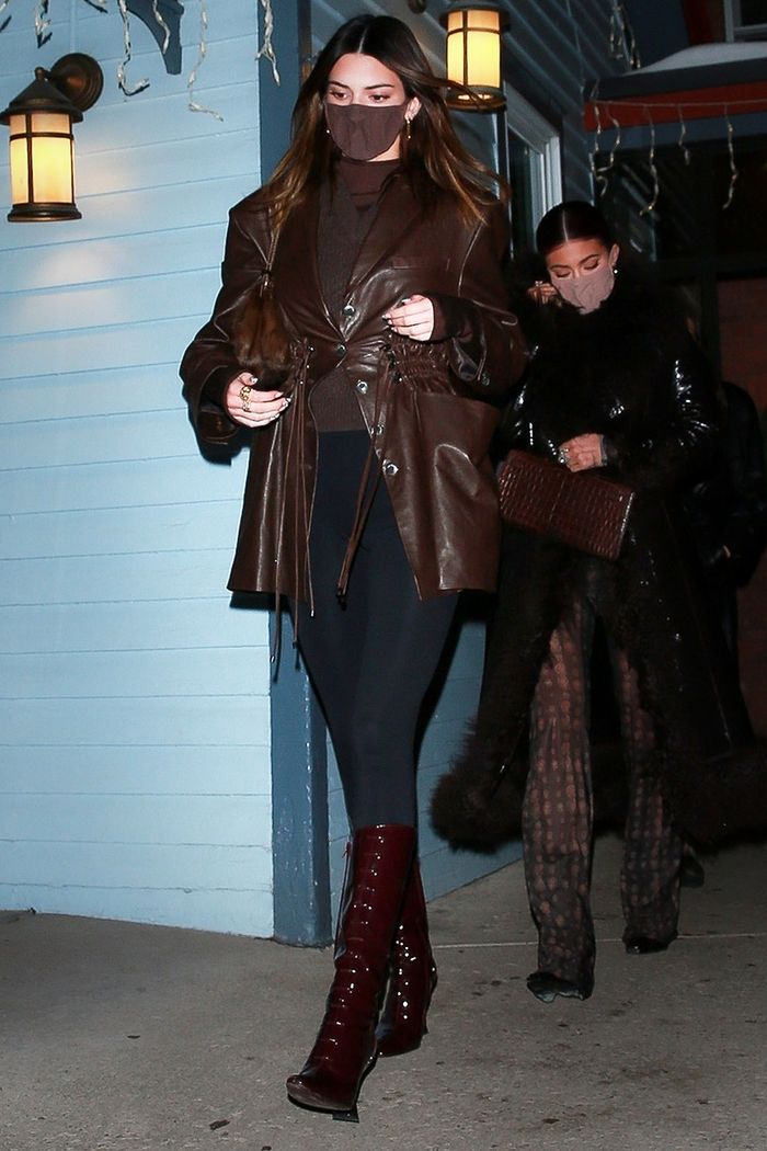 Kendall Jenner Aspen outfit