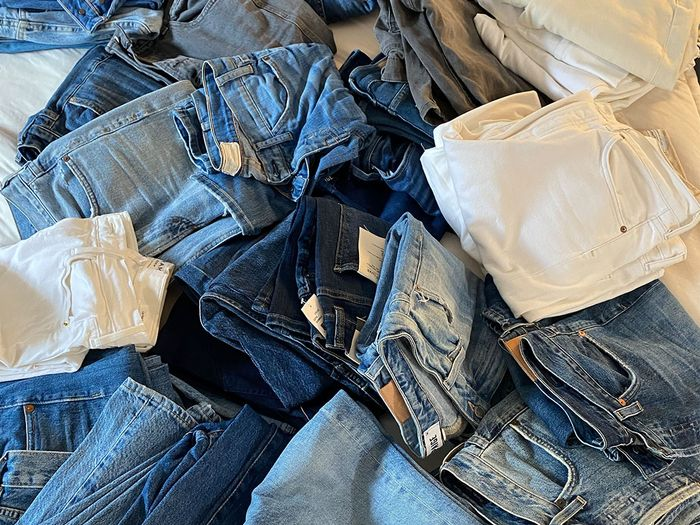 I Cleaned Out 31 Pieces From My Closet for 31 Days in Jan—See the Discard Pile