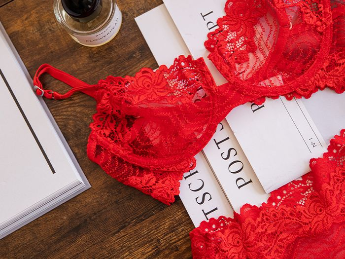 This Pretty Bra Trend Is 85% More Popular Than Last Year