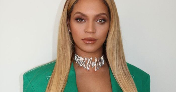 I Drank a Gallon of Water Every Day, and I Finally Feel Like Beyoncé