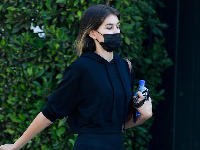 Kaia Gerber Found a New Way to Wear Leggings and Uggs