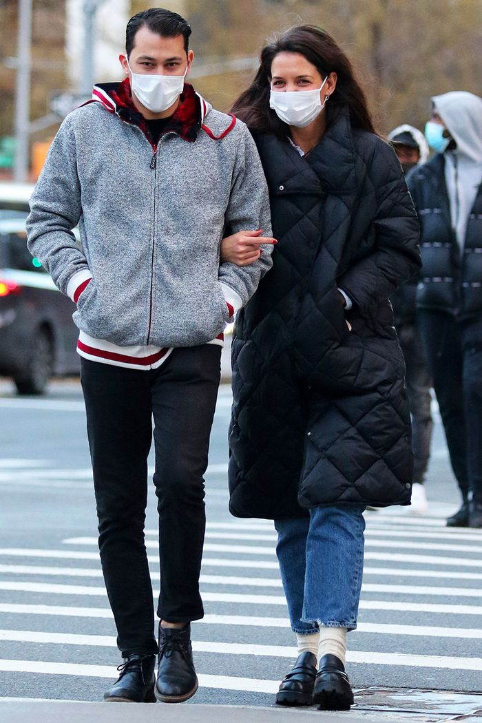 Katie Holmes cute winter outfit