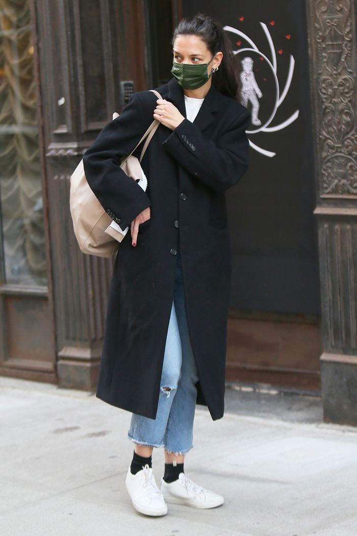 Katie Holmes cropped jeans