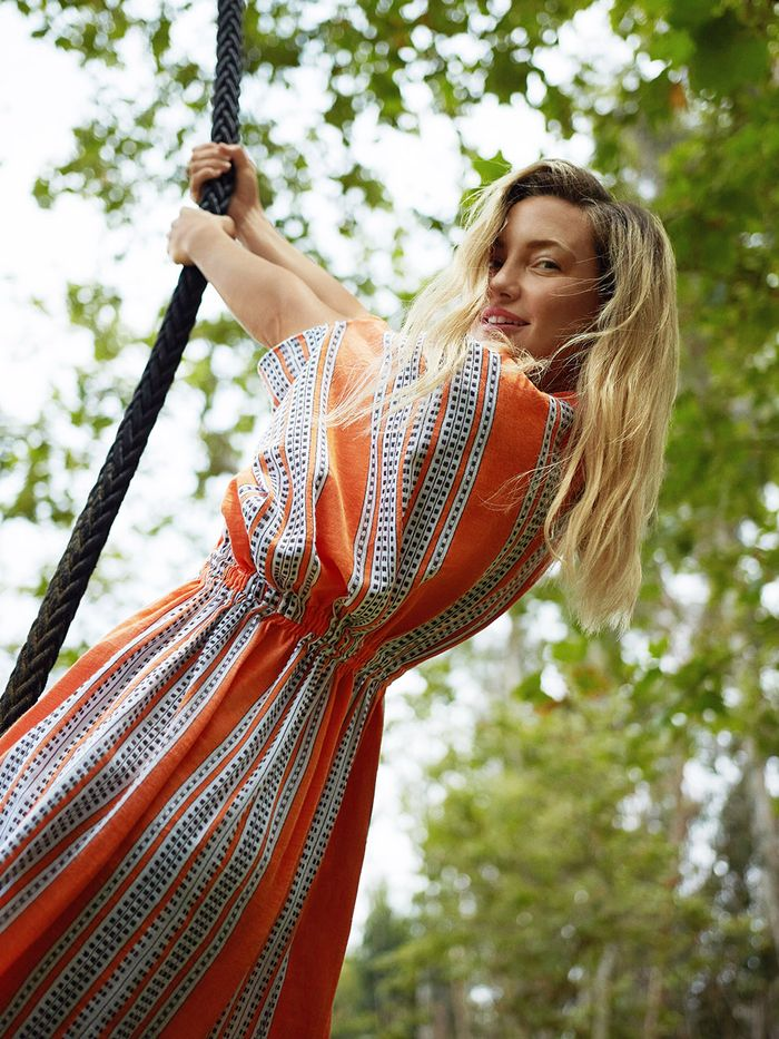 Kate Hudson on Quarantine Workouts and Wellness Tips