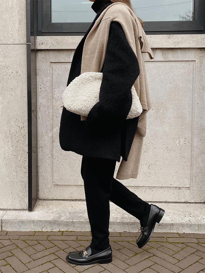 Best Cos Accessories: Boucle Clutch Bag
