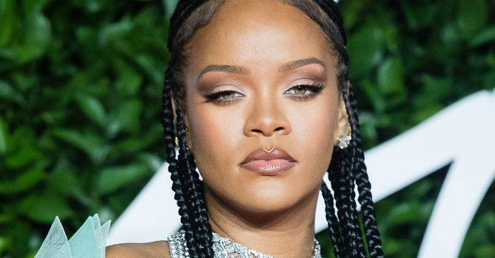 I Wore Rihanna's Favorite Perfume for a Week, and My Life Will Never Be the Same