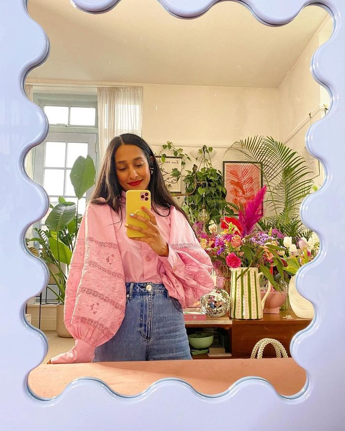 H&M Colours 2021: @heartzeena wears a pink blouse