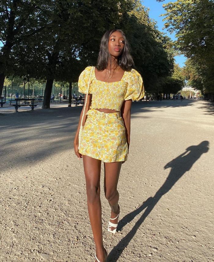 Skirt Trends 2021: @emmanuellek_ wears a mini skirt