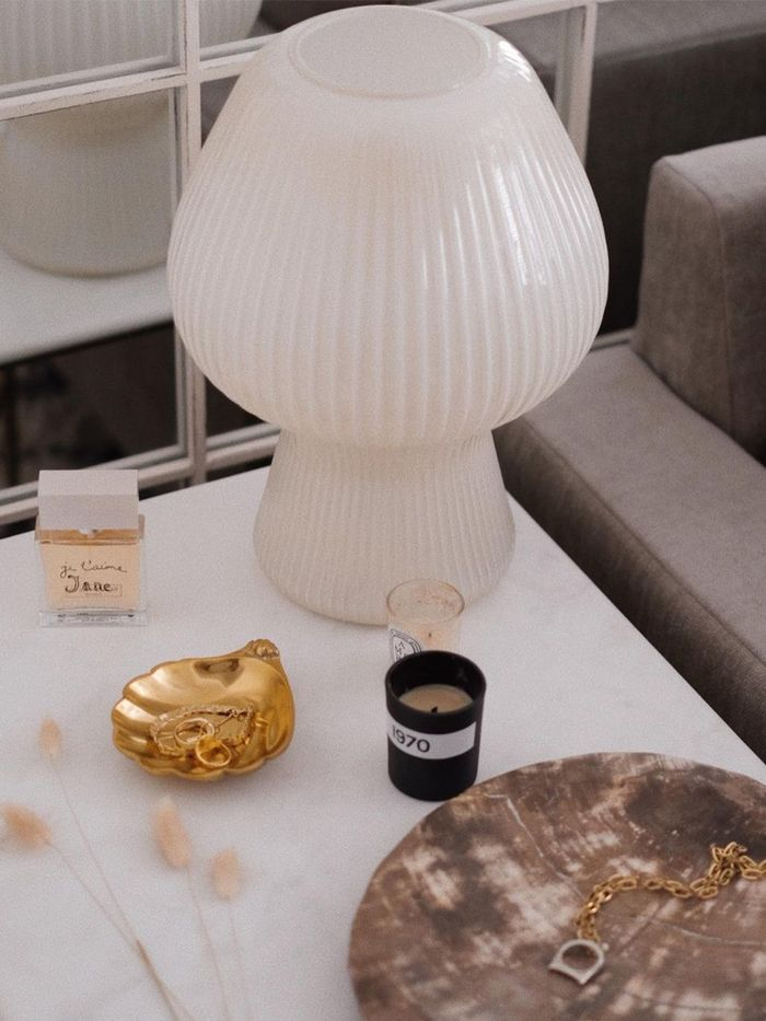 Beautyscaping Home Decor Trend 2021: Ribbed Porcelain and Glass Tabletop Accessories