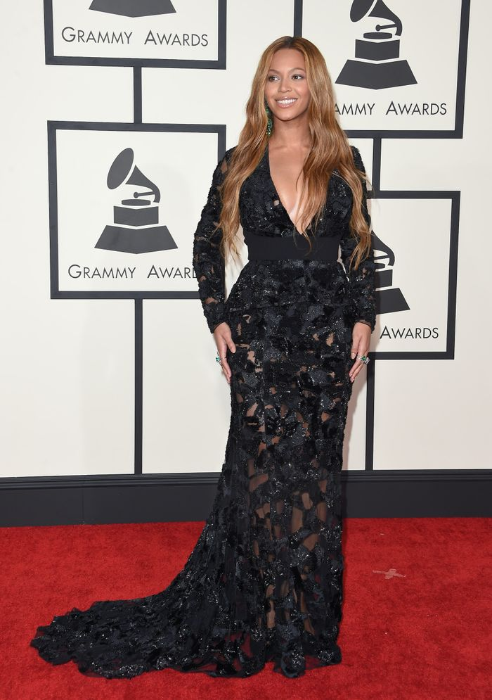 Beyoncé at the Grammys in 2015