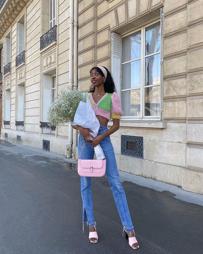 handbag trends 2021: pink bag