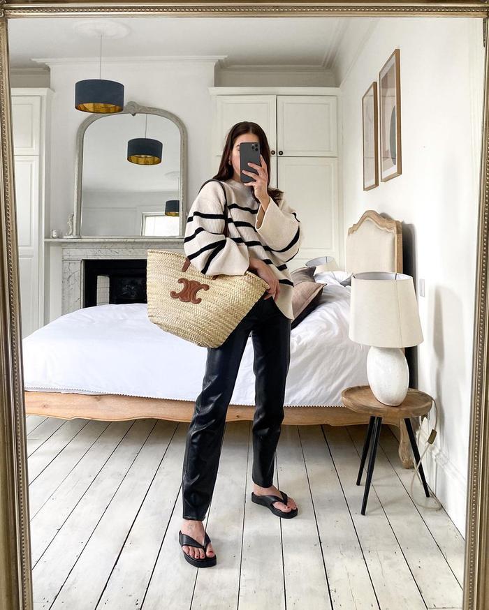 handbag trends 2021: picnic straw baskets
