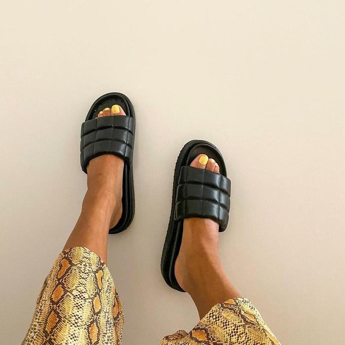 Puff sandal trend