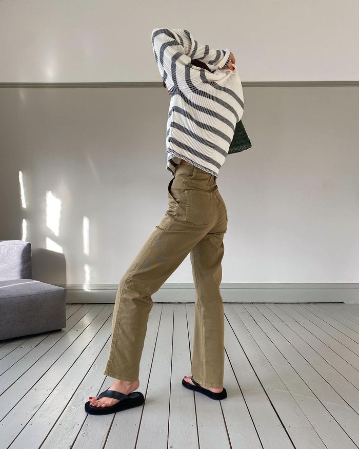 Trouser trends 2021: khaki trousers