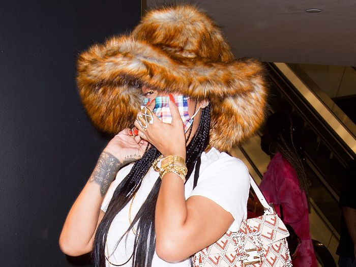 Rihanna Wore 2021's Prettiest Bag Trend With Feathered Gucci Jeans to the Mall