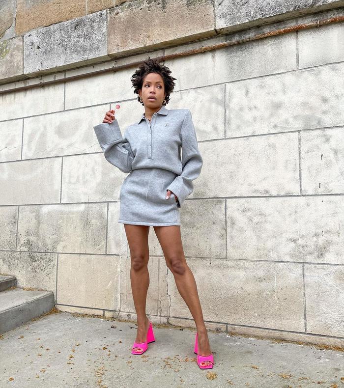 "Cool shoe trends: ""hot"" colors"
