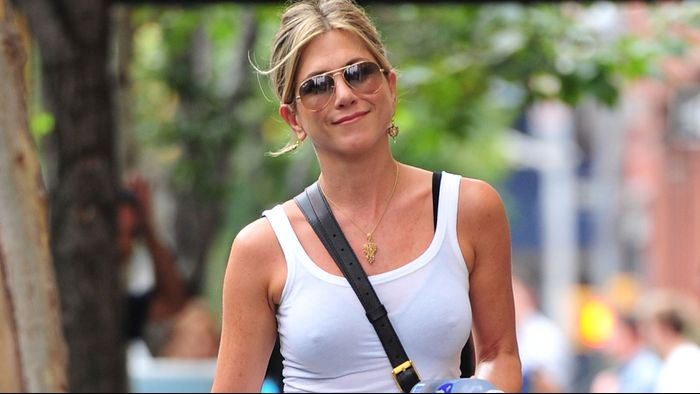 The 4 Designer Sunglasses Everyone From Meghan Markle to Jen Aniston Wears
