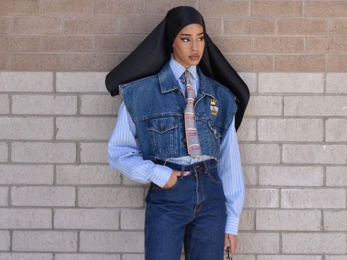 How to Shop Vintage Jeans, According to an Expert