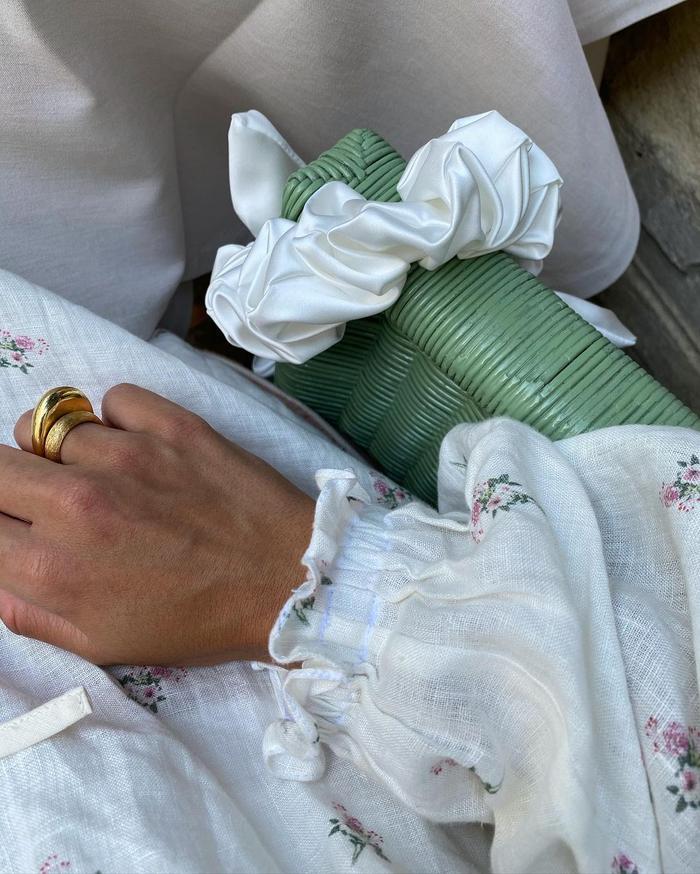 romantic fashion trends: floral cotton dress