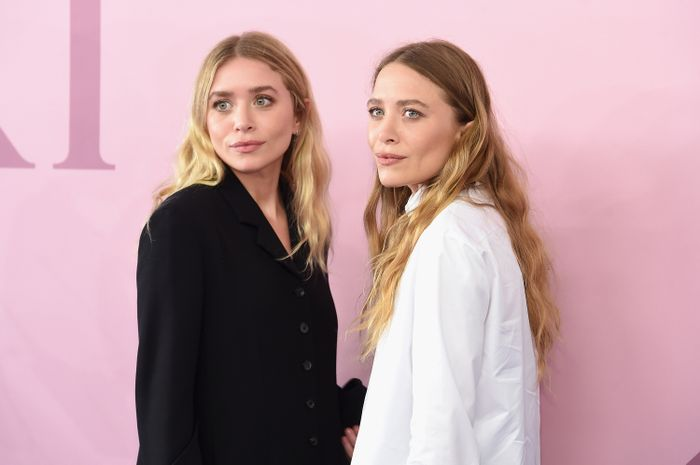 Olsen Twins Spring Shoes: Mary-Kate and Ashley Olsen