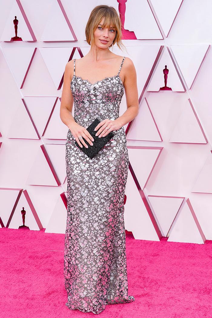 Academy Awards 2021 Red Carpet