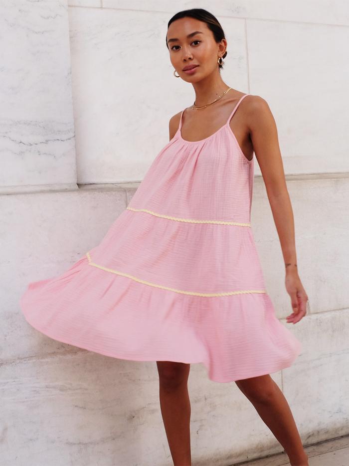 bubblegum-pink trend