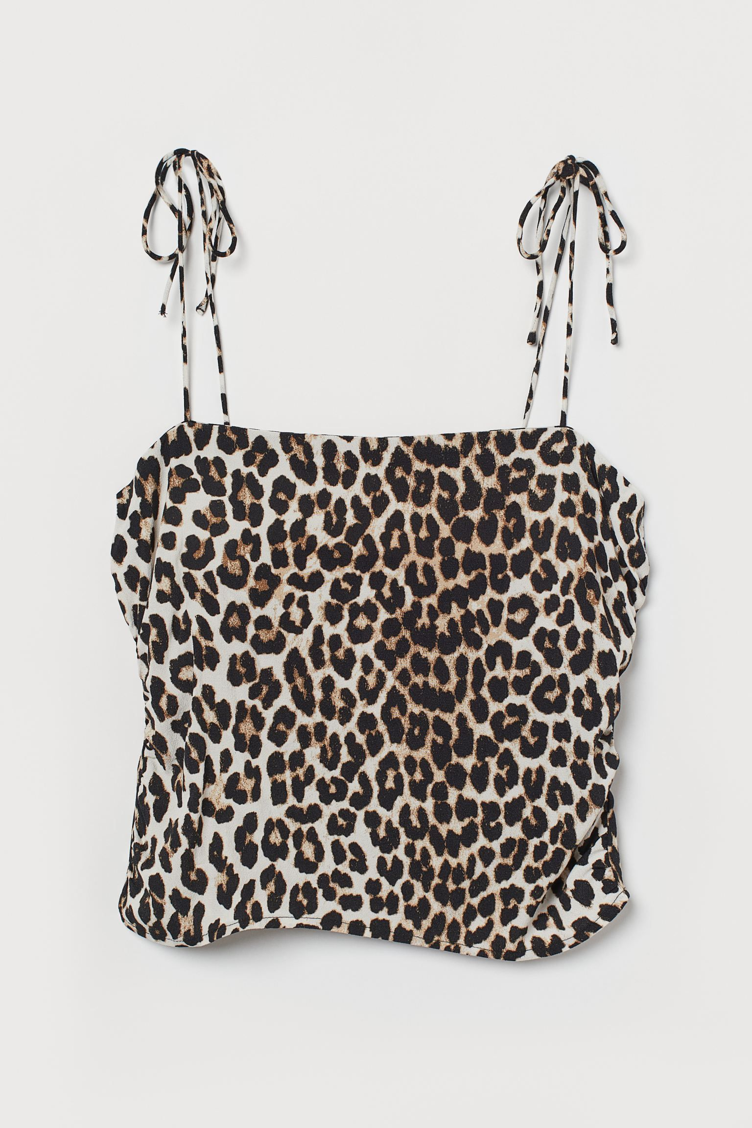25 Pretty Tops I'm Eyeing for Summer