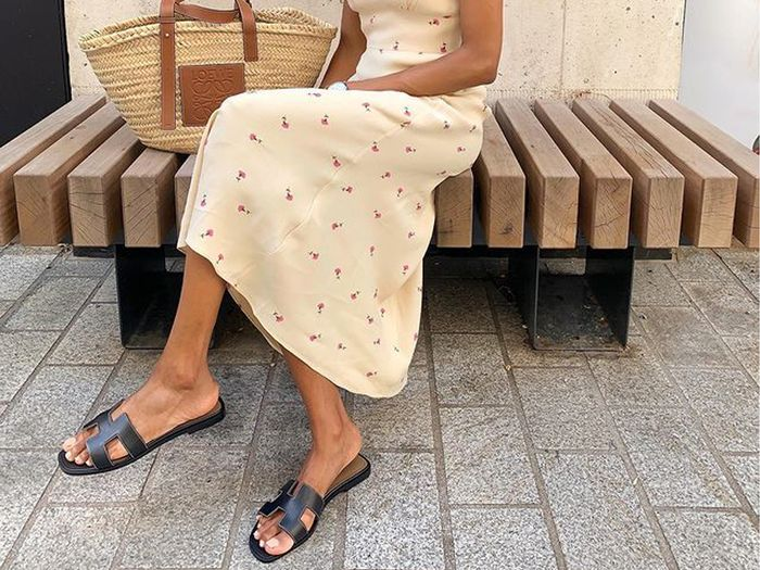 6 Things Fashion Experts Look For When They're Sandal Shopping