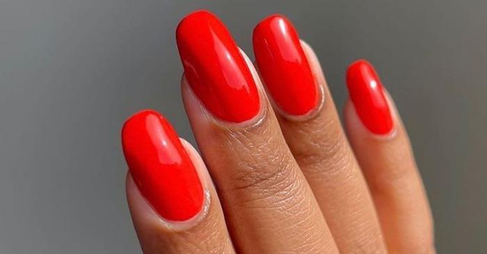 12 Nail Polish Topcoats That Deliver Salon-Level Shine and Longevity