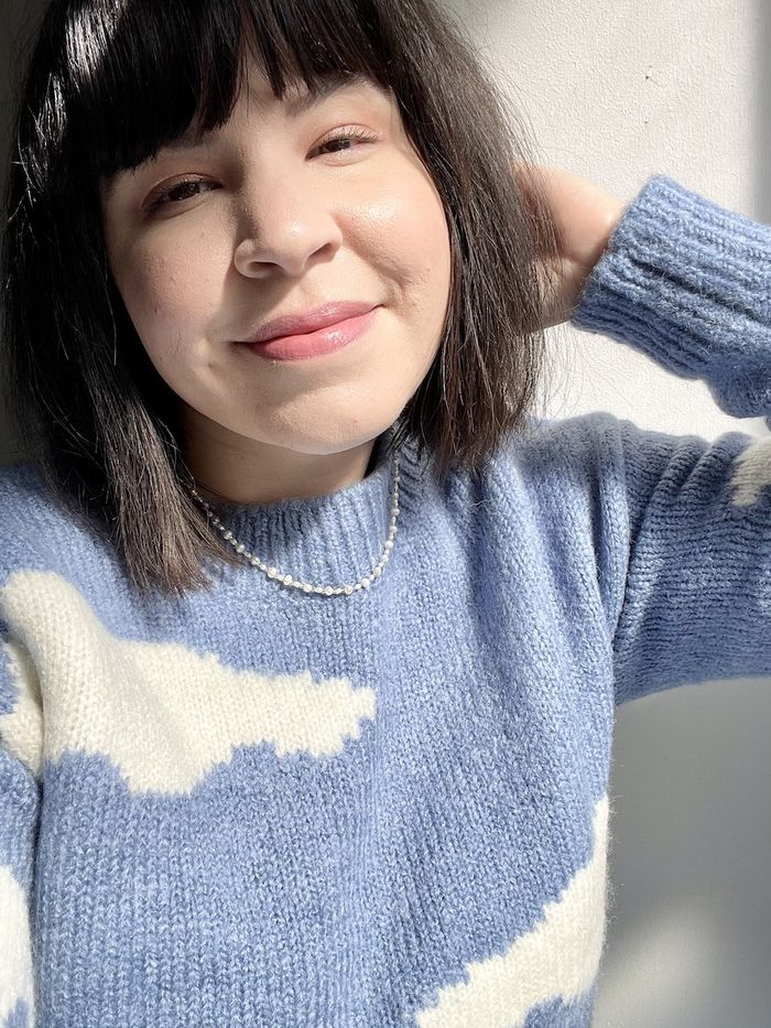 This Works Stress Check Review: Mica Ricketts wearing cloud jumper