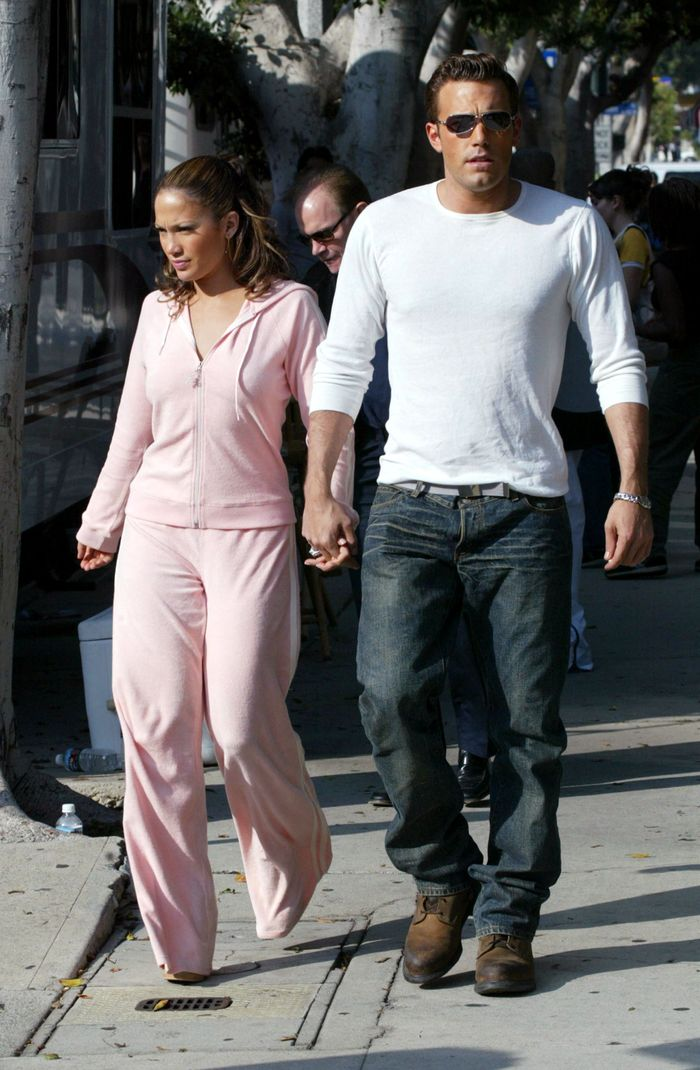 Jennifer Lopez and Ben Affleck couple photos