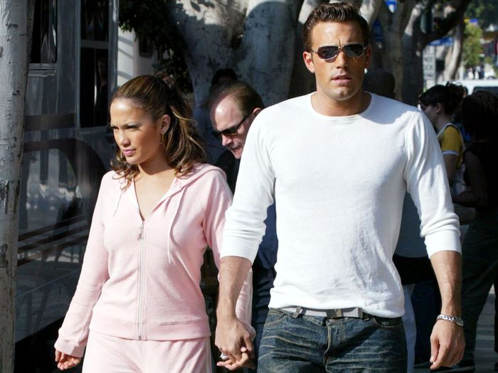 """16 J.Lo and Ben Affleck Outfits That Went Viral Before """"Going Viral"""" Was a Thing"""